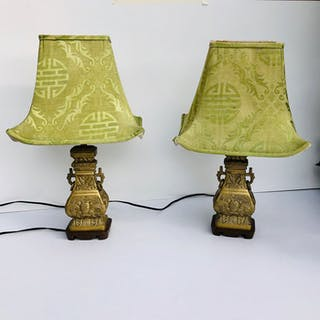 Pair of chinoiserie bronze table lamps (50 cm) (2) - Bronze - China - Approx
