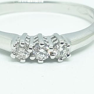 8a86b251f 18 kt. White gold - Ring - 0.12 ct Diamond