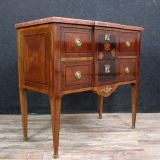 Lady's chest of drawers / Sauteuse style Louis XVI...