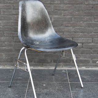 Charles Eames, Ray Eames - Herman Miller - Chair (1)