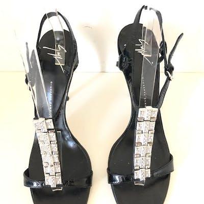 7027d29222417 Giuseppe Zanotti Sandals - Size: IT 40 | Barnebys