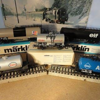 Märklin H0 - 4501/4646/4747/4751/4872 - Güterwagen - 5 Kesselwagen - DB