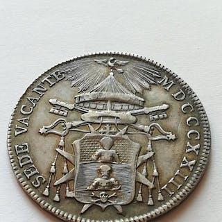 Stato Pontificio - Sede Vacante - Mezzo Scudo 1823 - Argento con bella patina