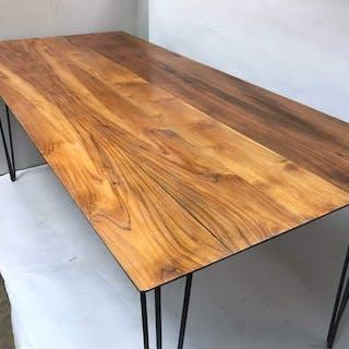Eefwooddesign- Dining table