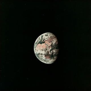 NASA - AS11-36-5355 - View of the Earth from the Apollo 11 spacecraft