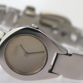 Gucci - 'NO RESERVE PRICE' Swiss Made- 6700 L - Women - 2000-2010
