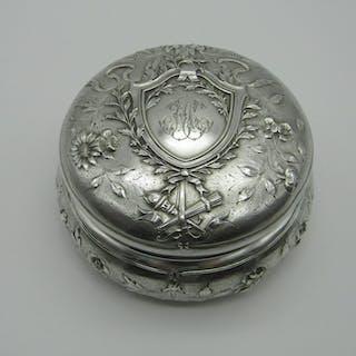 Boîte (1) - Argent 950 - Henin - France - Début du XXe siècle