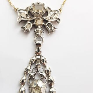18 kt. Silver, Yellow gold - Necklace with pendant - 0.75 ct Diamond - Diamonds