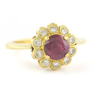 Antique- 18 kt. Yellow gold - Ring Ruby - Diamond
