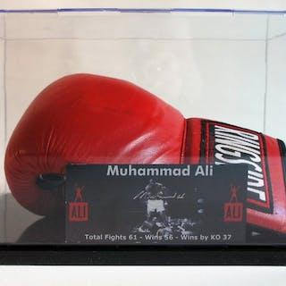 Boxen - Muhammad Ali aka Cassius Clay - 1998 - Boxhandschuh