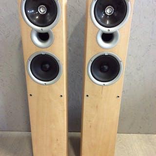 Kef - Q4 - Floor Standing Speakers