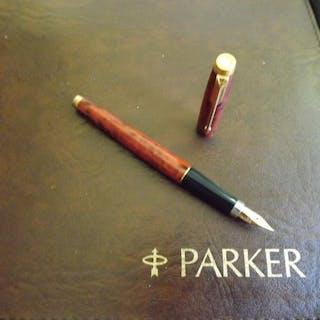 Parker - Stylo à plume - Collection. Modèle 75 plume or 18k laque de chine