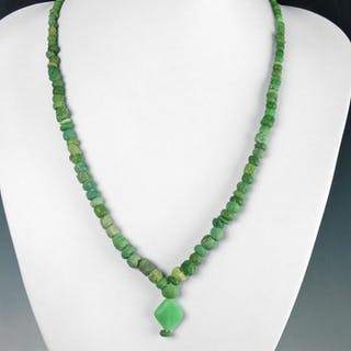 Römisches Reich Glas Halskette mit grünen Glasperlen - 51.5 cm - (1)