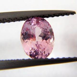 Orange-Pink Padparadscha Sapphire - 1.23 ct