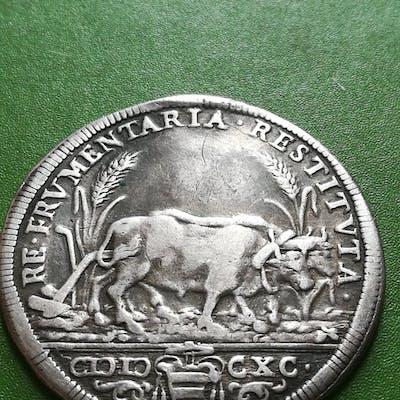 Stato Pontificio Alessandro VIII - Testone 1690 - Argento