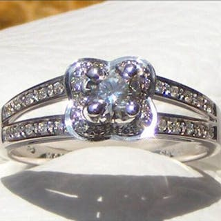 Mauboussin Or blanc - Bague Diamant
