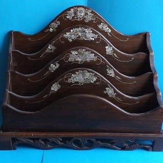 PORTE LETTRES BOIS décor CHINOIS   - BOIS incrustation...