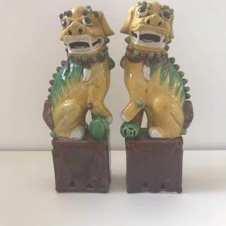 Statues - Porcelaine - Chine - XIXe siècle