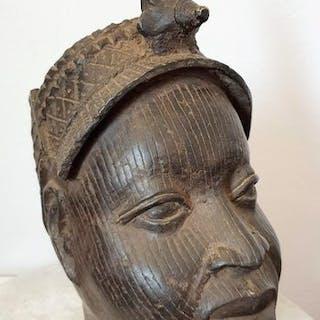 Tête en bronze - Bronze africain - BENIN BINI EDO - Nigeria