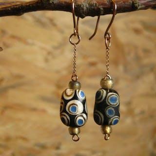 Antico Vetro Orecchini di perle con moderno oro 14k