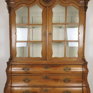 Display cabinet - Transition - Glass, Oak - Second half 18th century