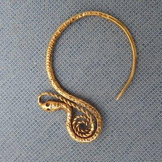 snake earring - Renaissance - Gold - 16th century