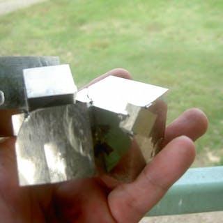 Pyrite Crystals - 8×6×10 cm - 702 g - (1)