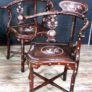 pair of Asian armchairs - exotic wood and mother-of-pearl inlay - Asia - XX
