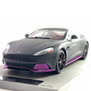 Tecnomodel - 1:18 - Aston Martin Vanquish Coupé- Limited Edition- Nr