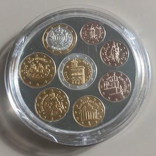 Welt - Euro 2002 - Die ersten Euromünzen von San Marino...