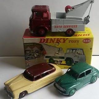 Dinky Toys - 1:43 - No.434 Bedford Dépanneuse + (2) Autos