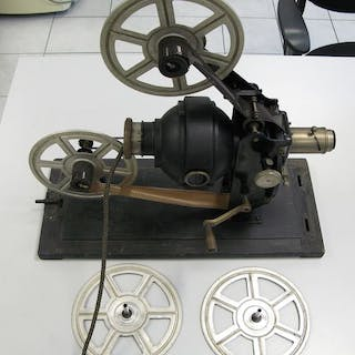 Bing Werke 35 mm. film projector
