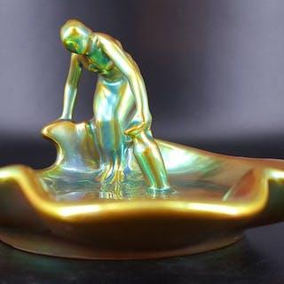 Lajos Mack (1876-1963) - Zsolnay  - Portagioie, Statuetta/e (1)