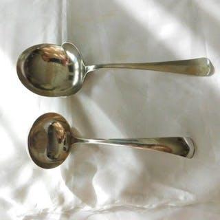 Silberner Saucenlöffel und Kartoffellöffel (1) - .833 Silber - M.J