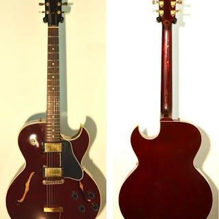 """Gibson - GIBSON ES 135 Dark Wine Red """"Limited"""" 1999 USA..."""