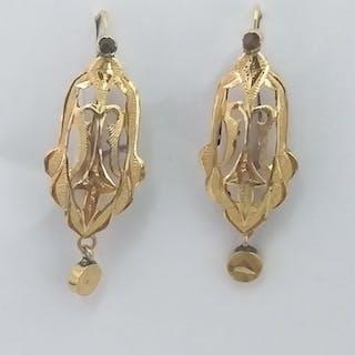 18k gold - Earrings, antique. Small antique brilliants.