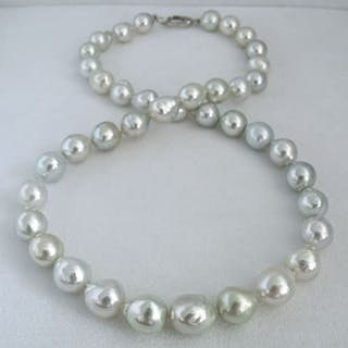 NO RESERVE PRICE Baroque South Sea Pearls 8.5mm X 11mm - Necklace