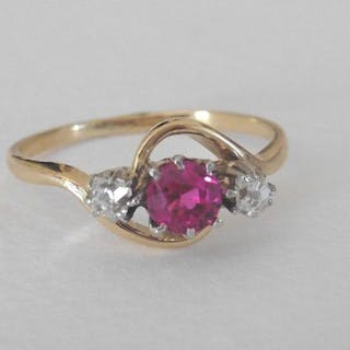 18 kt. Gold - Ring - 0,35 ct Ruby Vernueil