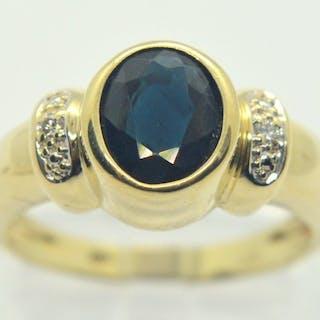 14 kt. Yellow gold - Ring - 1.25 ct Sapphire - Diamond