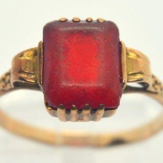 583 Gelbgold - Ring - 3.00 ct Synthetischer Rubin