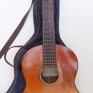 Yamaha - électro-acoustique CG110 EL + Housse - Acoustic Guitar - 1970