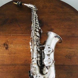 Antoine Courtois - Alto saxophone - France