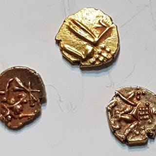 India - Malabar - Vira Raya Fanam 900-1400 (3 coins) - Gold