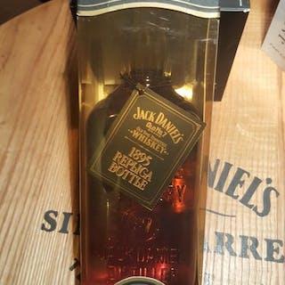 Jack Daniel's 1895 replica bottle - Original bottling - 1.0 Litre