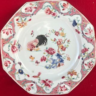 ASSIETTE COCKEREL FAMILLE ROSE - Porcelaine - Chine - Yongzheng (1723–1735)