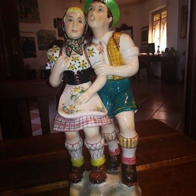 G.B. italy - figurina (1) - Ceramica