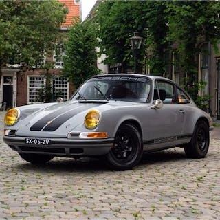 Porsche - 911 | 2.7 liter | Outlaw backdate - 1975