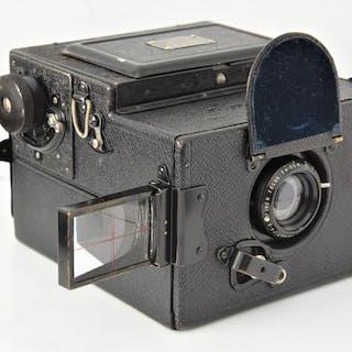 Houghton-Butcher (Ensign) 1928HOUGHTON-BUTCHER'ENSIGN SLR Reflex'120 Camera.
