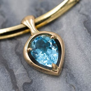18 kt. Yellow gold - Necklace with pendant - 6.00 ct Topaz