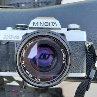 Minolta XG-M + 50mm F1.7 + acc.